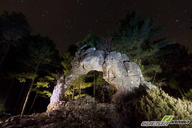 Nocturnas en arco de piedra