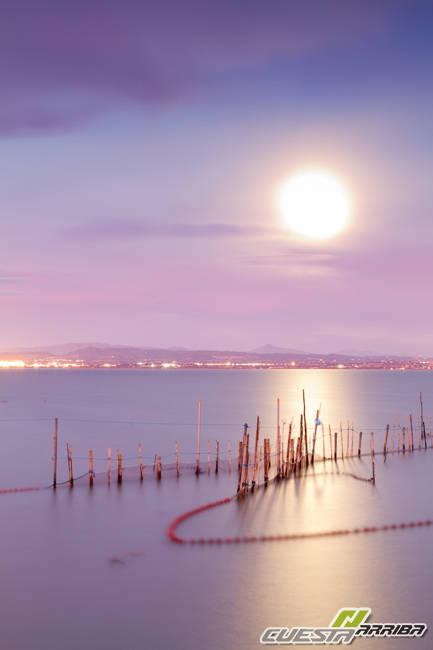 Ocaso lunar en la Albufera