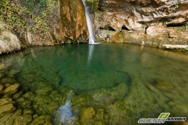 Rio cascada Carbo